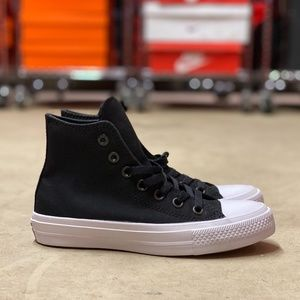 Converse Chuck Taylor II High Top NEW Size 5.5